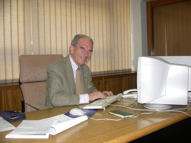2005 - Dr. Cantarovich Félix (Small)