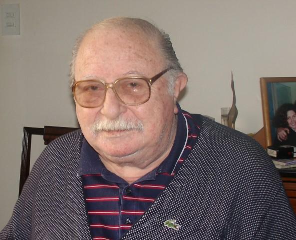 2005 - Dr. Yeyati Nesmo (Small)