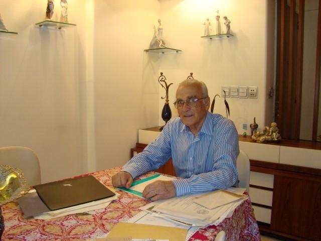 2007 - Dr. Manuel Arce (Small)