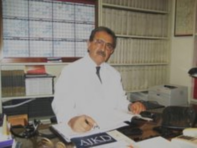 2009 - Dr. Luis Juncos (Small)
